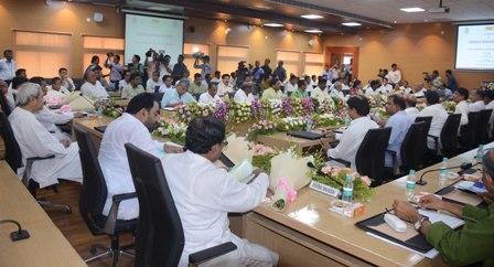 Naveen Patnaik at GST Orientation meeting