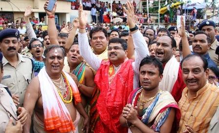 Union Minister Dharmendra attends Bahuda Jatra