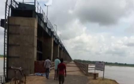 Mahanadi dispute: NGT extends stay on Chhattisgarh's barrages construction