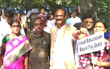 Odisha primary school teachers join all India stir in Delhi